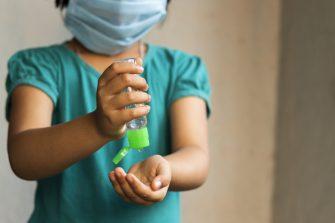 Incremento de casos de covid–19 en menores de edad tiene en alerta a las autoridades