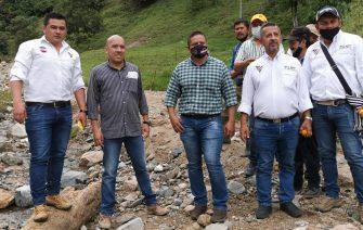 Creciente destruyó la vía Playarrica-Santa Helena