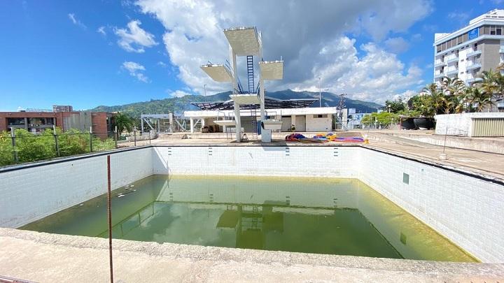 piscina 42